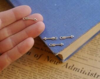 20pcs Antique Silver Tiny Arrow Pendant Charms (BC2483)