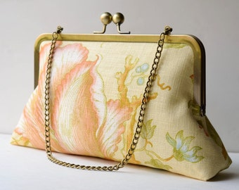 Tulip Bloom Clutch:  Kisslock Frame Purse for wedding / bridal / party