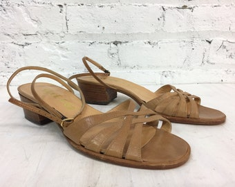 vintage 1970s strappy low heeled sandals / camel leather ankle strap sandals / tan italian leather shoes