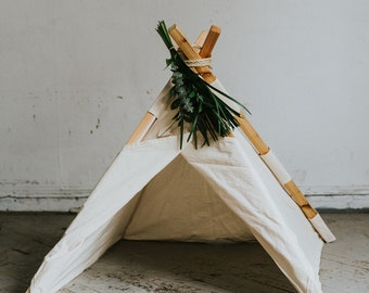 Small Play Tent