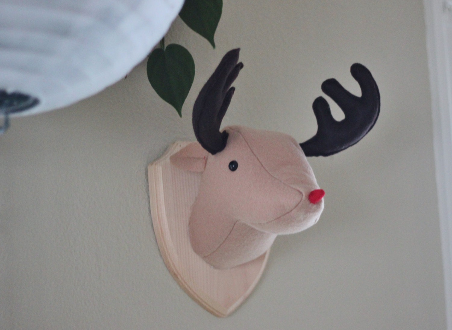 rudolph the red nosed reindeer faux taxidermy stuffed animal wall