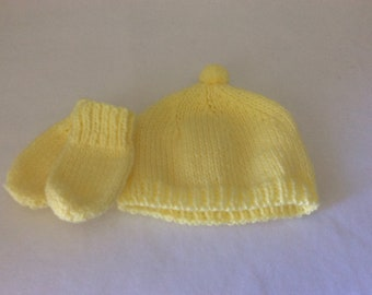 """Baby hat & mitts, 14"""" head"""