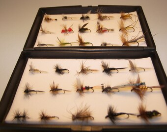 30 Assorted Dry TROUT Fishing  Flies in a Free eco plastic box Perfect Xmas Gift for any angler From FLYMAKERS