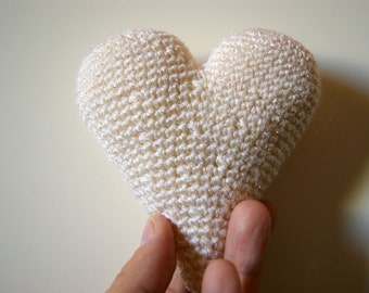 White with sparklings heart 3d