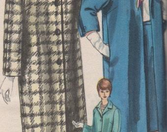 Bust 31 1961 Misses' Coat and Skirt Vogue 5209 Size 10 Hip 33