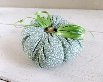 Tomato pin cushion, green tomato, green pincushion, sewing notions, sewing room, ready to ship, handmade, tufted pincushion