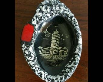 Leaning tower of Pisa italian ceramic ashtray.