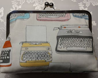 Typewriter Kiss-Lock Clutch