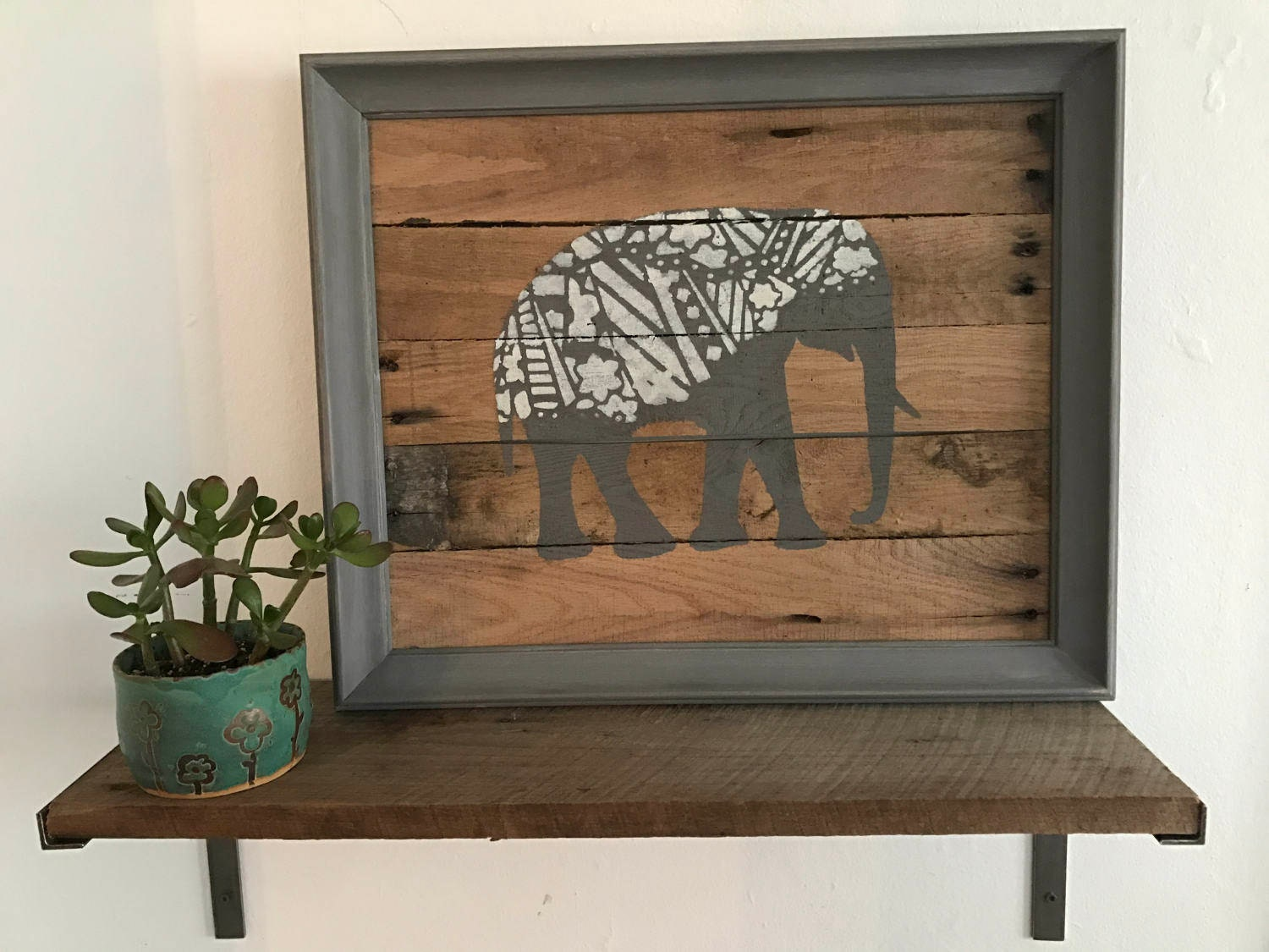 Perfect Elephant Pallet Wall Hanging. Rustic Pallet Wall Art. Re-Purposed  SV53