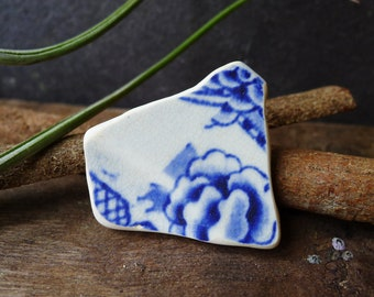Blue and White Floral Sea Pottery Fragment /  Genuine Scottish Sea Pottery / Scottish Beach