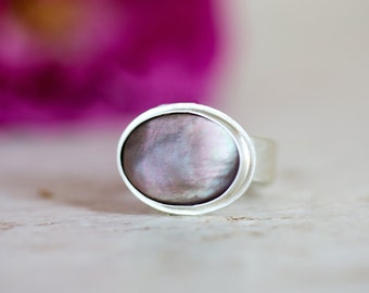 Black Mother of Pearl Ring, Mother of Pearl Ring