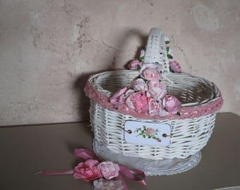 Basket romantic shabby chic