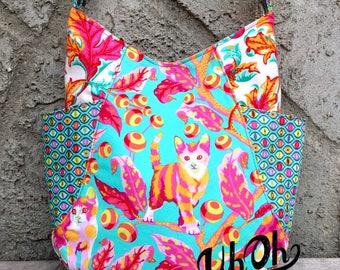 Hobo Bag in Tula Pink Tabby Road