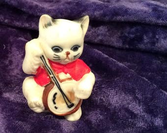 Vintage Cat and the Fiddle Nursery Rhythm Character made of Bone China , Hey Diddle Diddle, the Cat and the Fiddle, collectibles