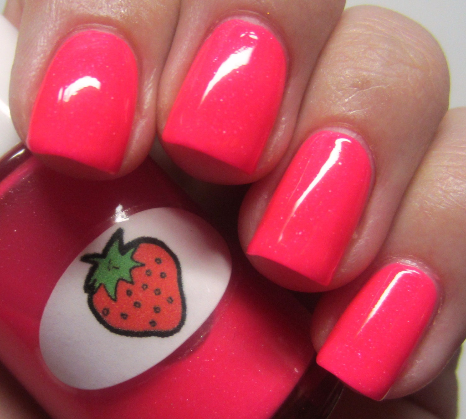 Shimmer Jelly Strawberry Nail Polish