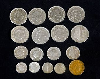 Vintage Lot of 17 Dutch Netherlands Circulated Coins, 1964 - 1993