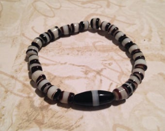 Zebra striped beaded stretchy bracelet