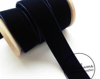 22mm Berisfords Velvet Ribbon for Millinery, Hat Trimming & Crafts 1 metre (1.09 yards) - Navy Blue (9419)