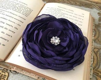 Eggplant Flower Hair Clip.Eggplant Flower Brooch.Eggplant Pin.Flower headpiece.Dark Purple.Corsage.wedding accessory.fascinator.Aubergine