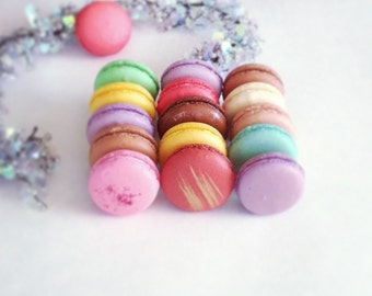 24 French Macarons - assorted flavors