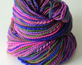 Tulips, Hand Spun, Handspun, Hand dyed, Worsted, Yarn, Pink, Purple, Green