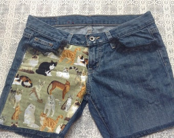 Jean Shorts Made With Cat Fabric