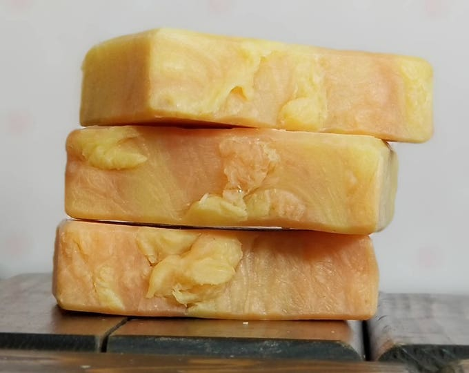 """Grapefruit Lilly Scented """"Adriana"""" Soap Goddess Loves Shakespeare Soap, vegetarian, lightly scented, yogurt soap, free shipping"""