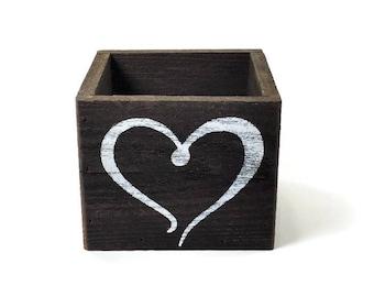 Heart Decor - Reclaimed wood Box - Valentines Day Decor - Centerpiece - Pencil holder - Make up Brush Holder