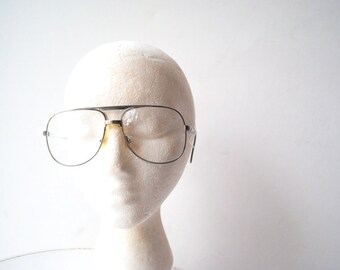 Aviator vintage 70s, silvertone metal, optical lenses, men's eye glasses. Made by Marcolin in Italy.