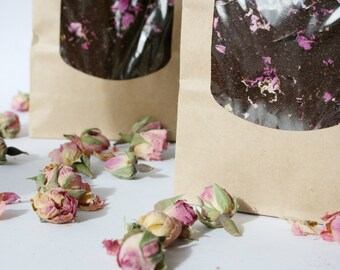 Organic Coffee - Cafe des Fleurs - 100% Fairtrade Arabica coffee blended with gorgeous organic Rose Buds