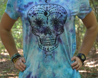 Tie Dye Women Shirt. Uniquely Hand Dyed with permanent dyes. Size adult medium