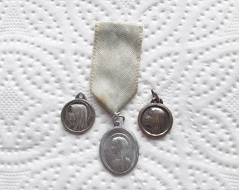 LOURDES - Antique Medal - Pilgrimage Medal with Original Ribbon