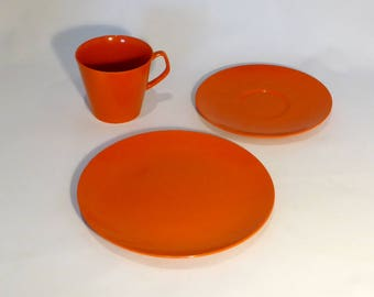 Bright orange Melaware trio – original from the 1960s