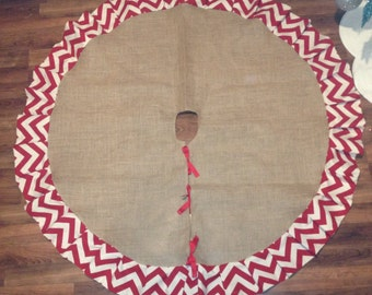 "48"" Burlap tree skirt with chevron ruffle"