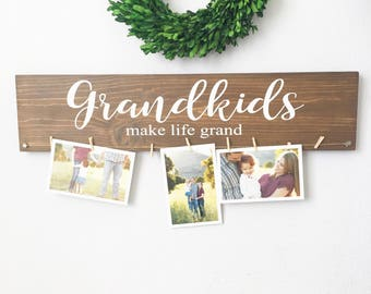 Grandkids make life grand - Grandparents gift - Mothers Day gift - Christmas gift - Quantity of Two Signs