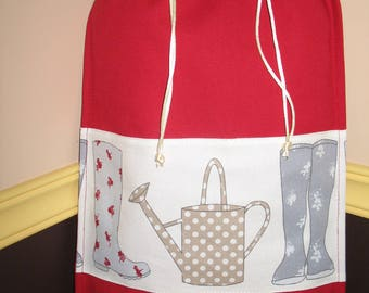 Gift for big kids pouch: my watering can and boots