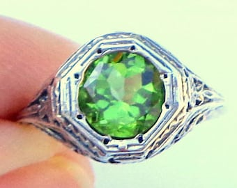 Sz 6, Natural Peridot, Vintage Gemstone Ring, Sterling Silver Filigree, Victorian Design, August Birthstone