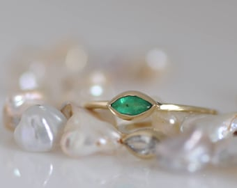 Emerald Gold Ring , Stacking Gold ring ,Green Emerald Marquise Ring , 14k Solid Gold Ring , Engagement Ring
