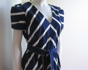 vintage 1980s chevron striped dress- Adde II California blue & white dress s/m