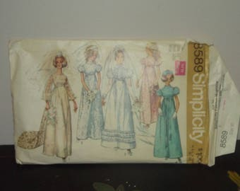 Vintage 1960s Simplicity 8589 Empire Puff Sleeve Wedding Dress Pattern 32 bust size 10