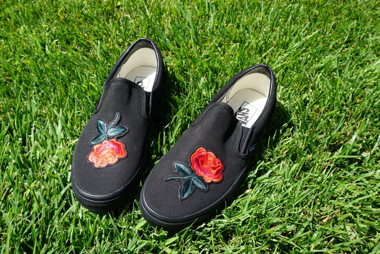 vans slip on with roses