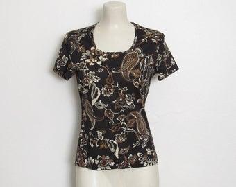 des années 1970 acte III imprimé Floral & Cachemire haut / noir, blanc et marron / Vintage des années 70 pull chemise cintrée