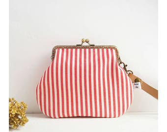 Country-style handbag-red woman's bag in fabric-Provencal style sachet-red case with snap closure