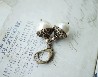 Ivory Pearl Acorn Earrings, Ivory Cream Pearl Drop Dangle Earring, Leverback Earrings, Woodland Accessories Nature Inspired, Autumn Earrings