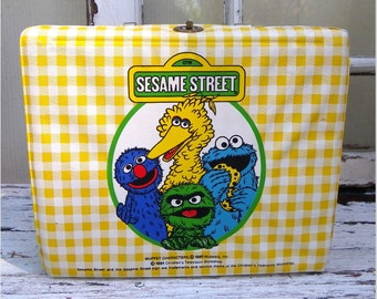 SESAME STREET LUNCHBOX and Thermos, 1981 Vinyl, Vintage, Collectible Muppet Characters