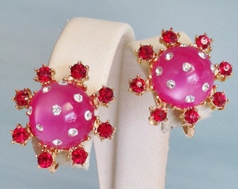 PINK THERMOSET With Clear & Red Rhinestone FLOWER Earrings