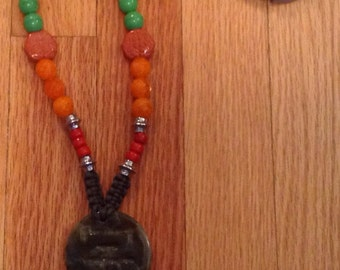 BOBHO macramé with wood and glass faceted beads