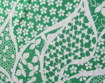 1.5 yds--Stunning green and white jersey knit fabric
