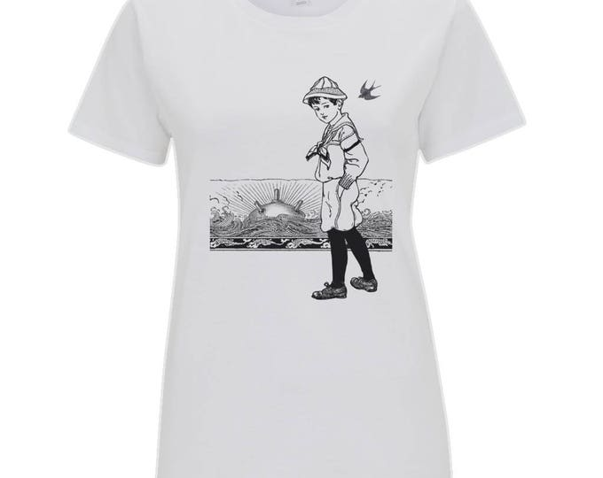 A Day At The Seaside Sailor Sunset Beach Vintage Boy Womens Organic Cotton T- Shirt Top. White.