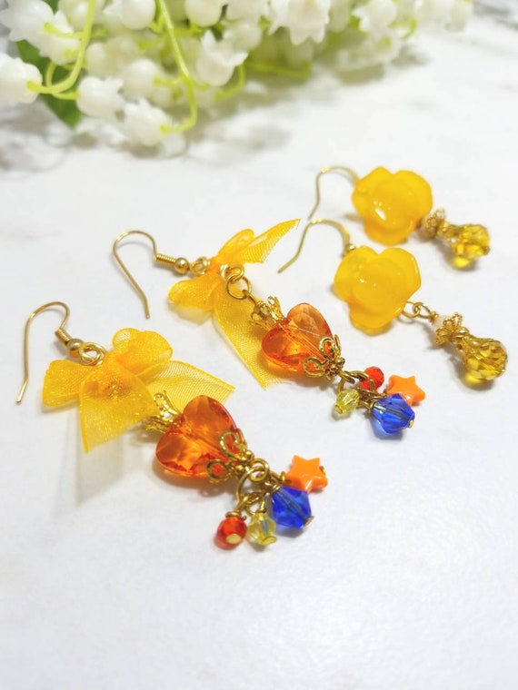 Sailor Moon inspired and Floral earring set of two (Sailor Venus)